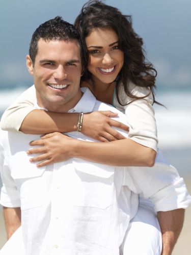 couple on beach 375 X 500